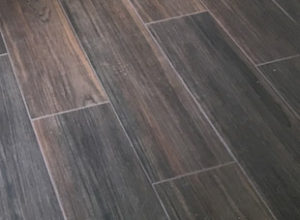 Wood look porcelain tile by Daltile