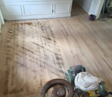 Sanding old red oak wooden floors