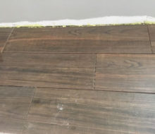 Installing wood look floor tile