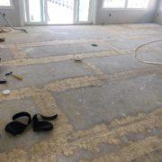 Leveling plywood subfloor